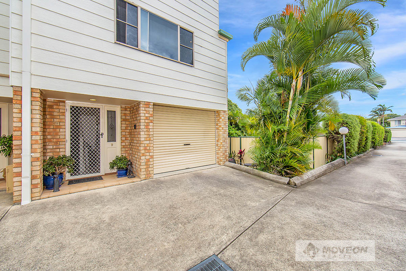 TRI LEVEL TOWNHOUSE - EAST OF OXLEY – PET FRIENDLY