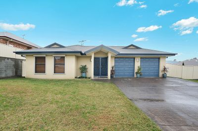 2 Eveleigh Close, Singleton