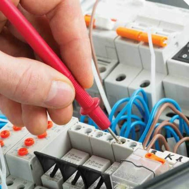 SB9-005 Established and thriving electrical business