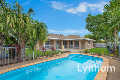 Large 4 Bedroom Family Home With In-Ground Pool