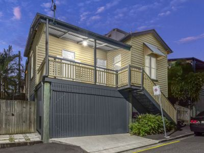 A Beautiful Home in Birley Street, Spring Hill