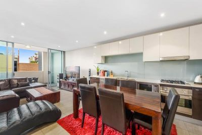 FULLY FURNISHED- CONTEMPORARY LIVING