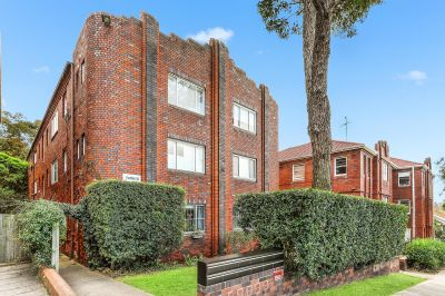 Beachside Art Deco Charmer with Potential