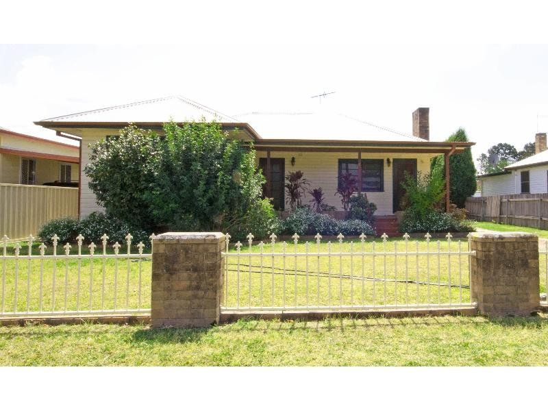 6 Dight Ave, Singleton