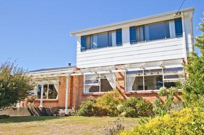 Stunning Views From This Large Home With Granny Flat
