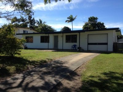 Fully Air-Conditioned maintained Family Home