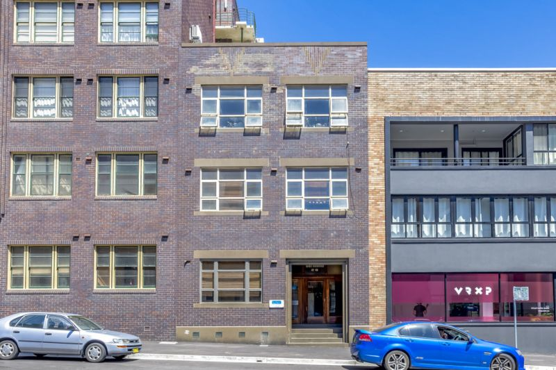 SOLD _ Superb Opportunity! Block of 5 - Newcastle CBD / 4 Apartments & 1 Commercial