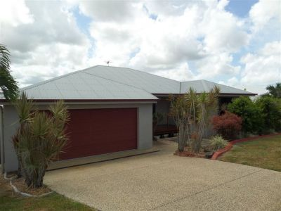Great Value in Rural View - 4 Bedrooms + Pool and Shed!