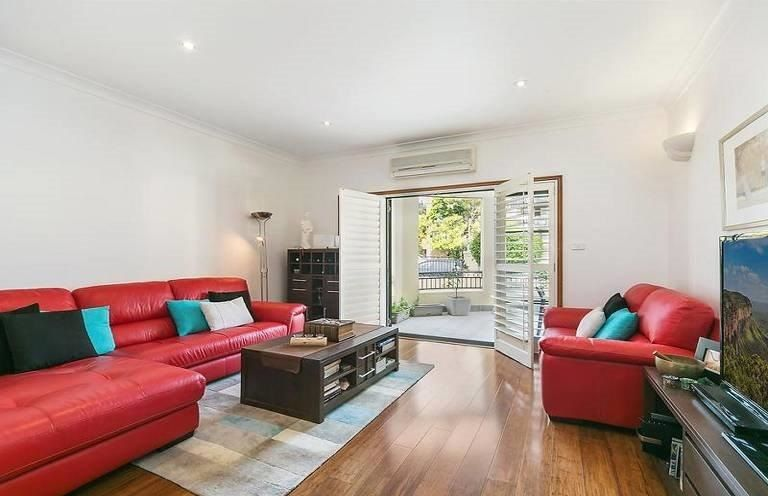 1/220 Darby Street, Cooks Hill