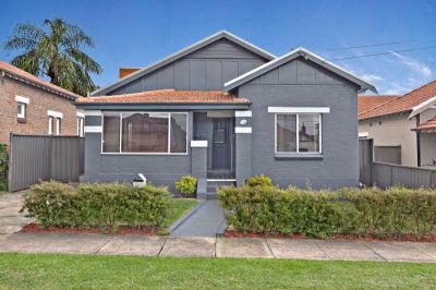 Elegantly updated Californian bungalow