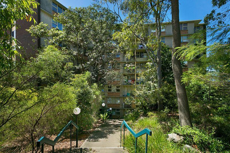 215/22 Doris Street, North Sydney