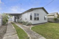 Great First Home or Investment!