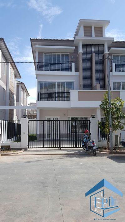 Ruessei Kaev, Phnom Penh | Villa for sale in Russey Keo Ruessei Kaev img 9