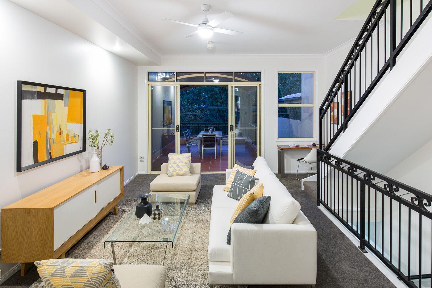 19B Forrester Terrace Bardon 4065