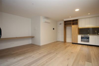 BRAND NEW SPACIOUS & STYLISH UNIT 509