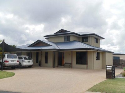 Executive 4 Bedroom Home + Office, Entertaining Deck and Five Bay Shed
