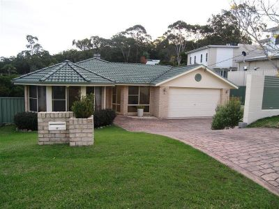 12 Ash Street, SOLDIERS POINT