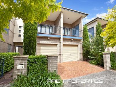 Stunning Contemporary Townhouse in Premier Street