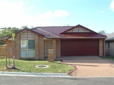 Edgewater Estate  Coomera with access to New School