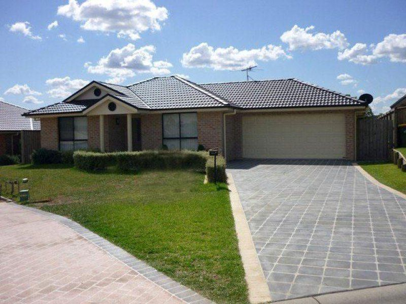 14 Farmgate Row, Branxton