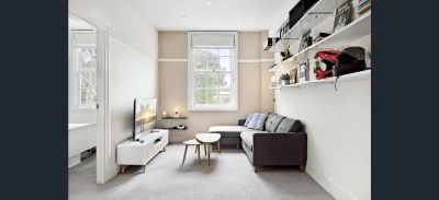 Renovated Quiet and Bright in Fantastic Location