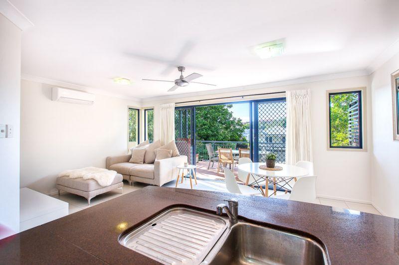 30 Clarendon Street, East Brisbane, QLD