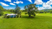 Stunning Large Acreage With All The Best Of The Hinterland