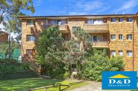 Bright 2 Bedroom Apartment. Sought After River Precinct. 2 Balconies. Huge Lock Up Garage. Walk to all Parramatta Amenities.