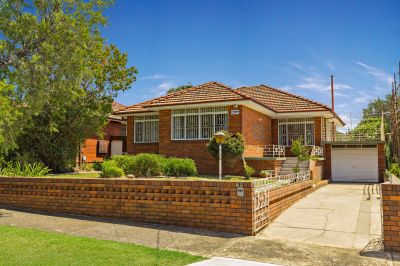 Full Brick Home with Wide 15m Frontage.