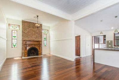 Newly Renovated Queenslander in Fantastic Location