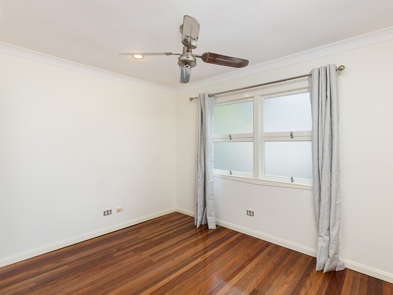 9 Rennie Street Indooroopilly 4068