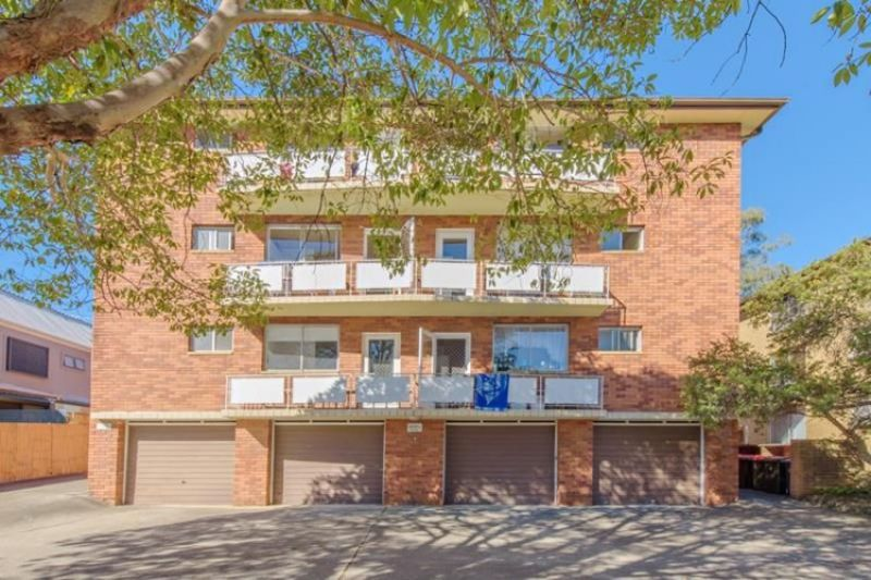 3/5 Martin Place, Mortdale