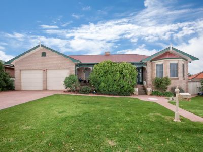 5 Galleon Place, Estella