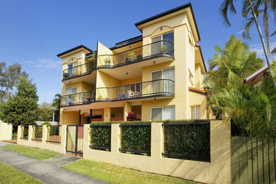 CENTRAL POSITION RIGHT IN THE HEART OF REDCLIFFE
