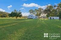 Quaint cottage on 1082 m2