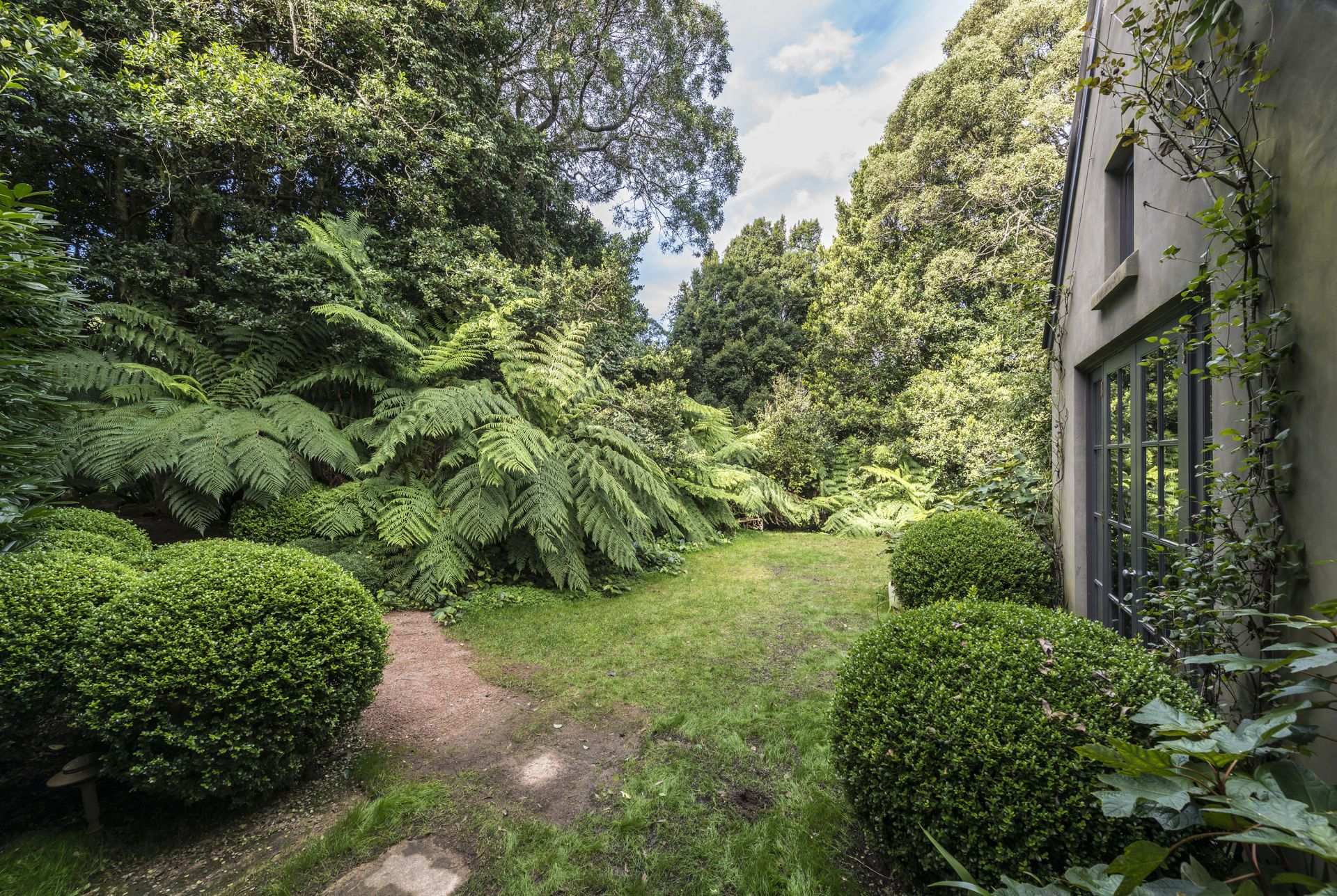 Additional photo for property listing at 'Possumwood' Rustic sophistication  Robertson, New South Wales,2577 Úc