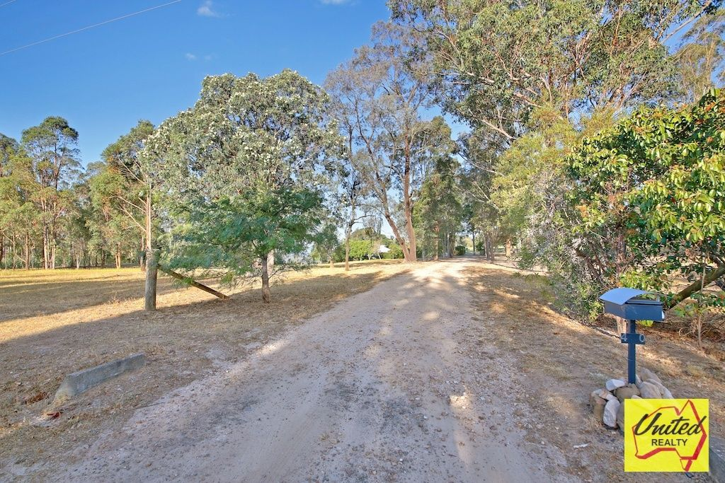40 Rotherwood Road Razorback 2571