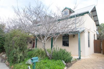 2A Higham Road, North Fremantle