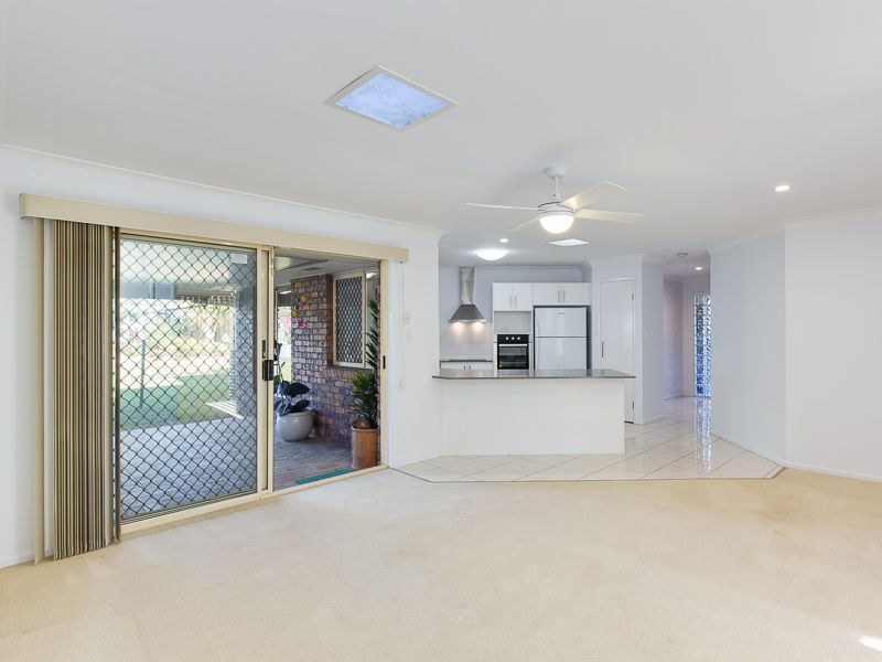 1 Timaru Crescent Eight Mile Plains 4113