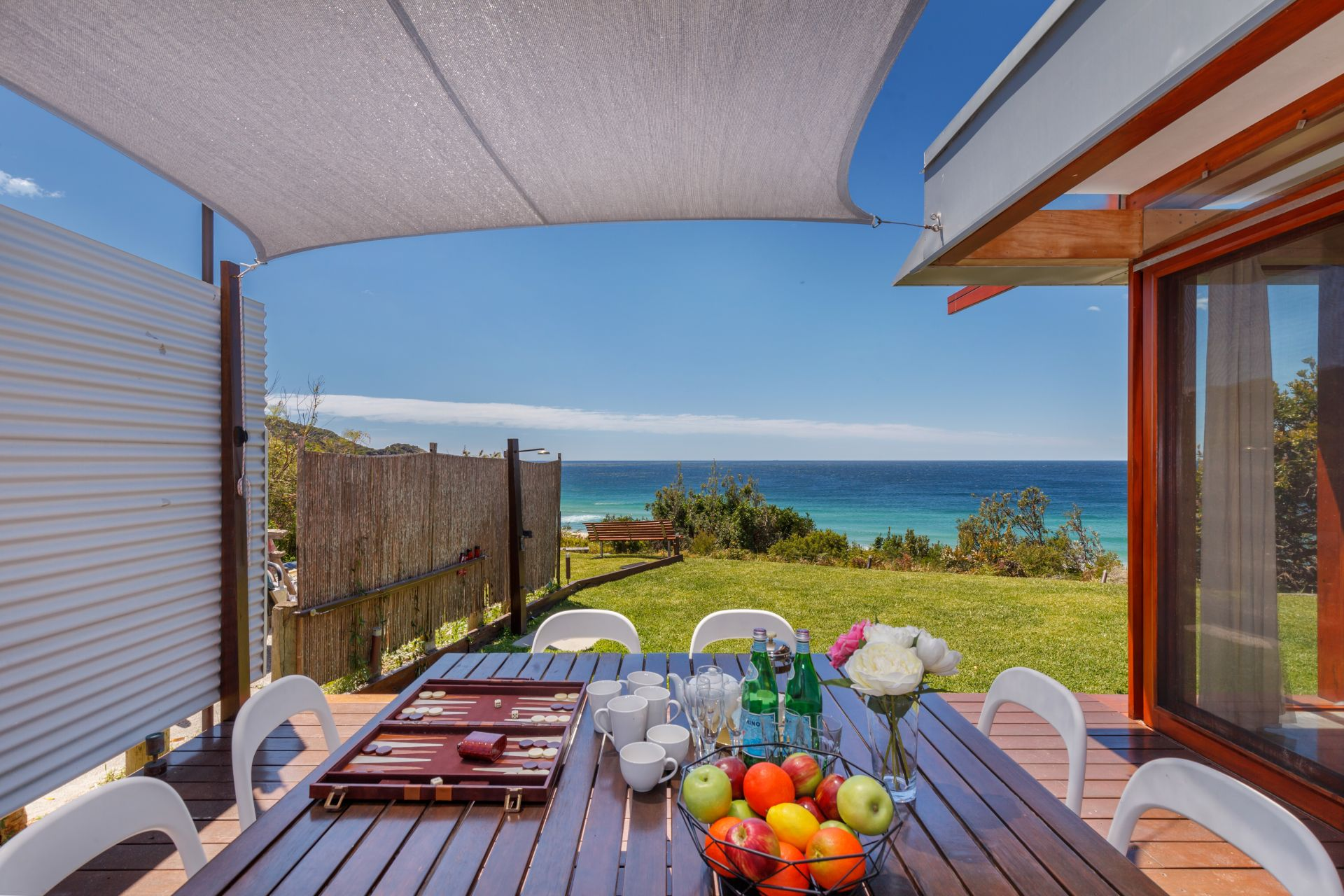 Additional photo for property listing at Sea Pearl - A unique and sophisticated design  Boomerang Beach, New South Wales,2428 Australia