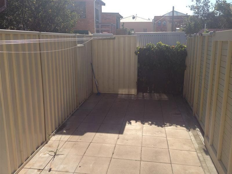 2 Zaara Street, NEWCASTLE EAST