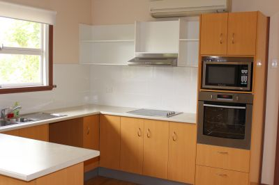 STRATHPINE, QLD 4500