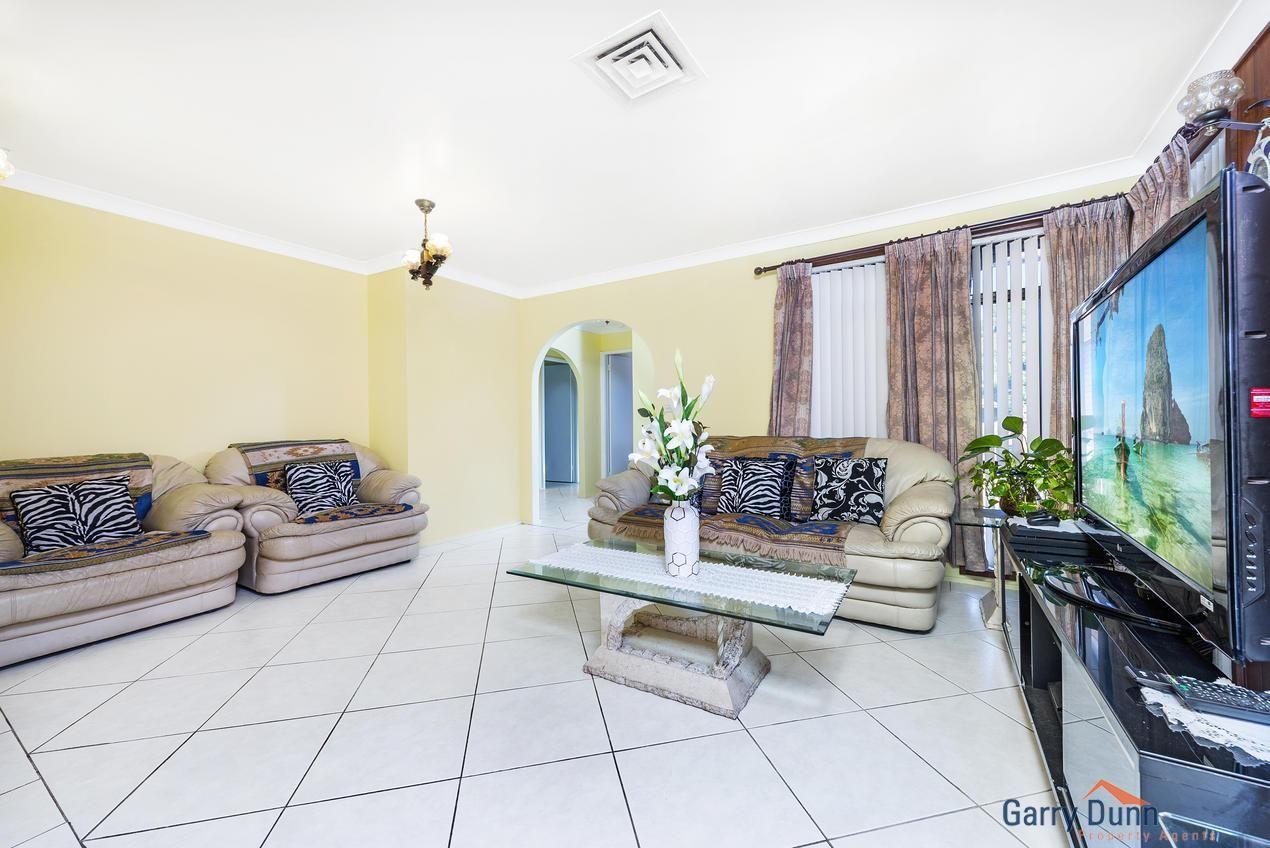 6 Falcon Place, Ingleburn