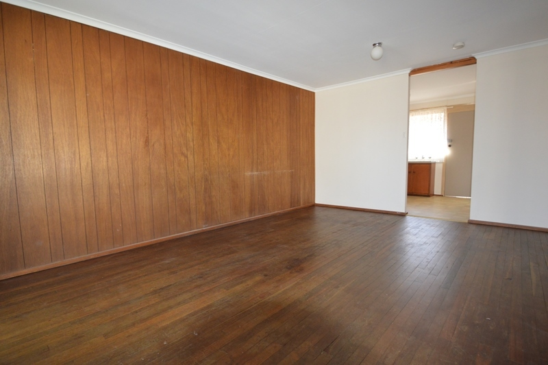 EVANSTON - Affordable and Tidy Unit