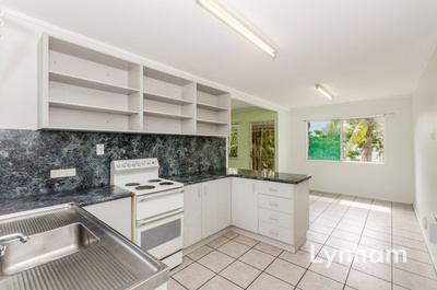 High-Set Centrally Located Home