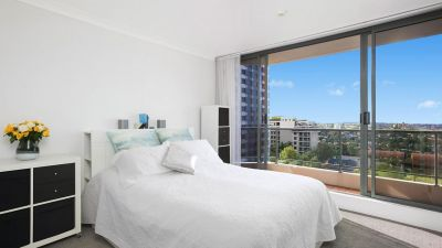 2 Bedroom plus study apartment in the heart of vibrant North Sydney