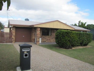 NEAT & TIDY 3 BEDROOM BRICK HOME WITH SHED