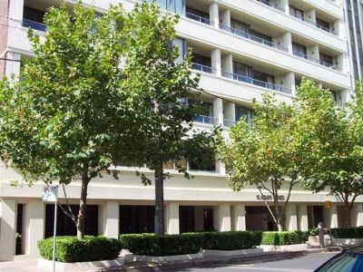 Stylish Apartment with a Great Lifestyle Location