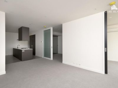 Dual Key - Two Bedroom + Studio! (Carpark Available!)