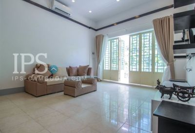 Phsar Chas, Phnom Penh | House for rent in Daun Penh Phsar Chas img 3